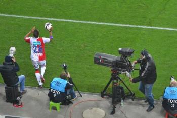 Ostrý obraz a čistý zvuk ve středu 3. března 2021 na ČT SPORT živě fotbalové derby dvou Slavií