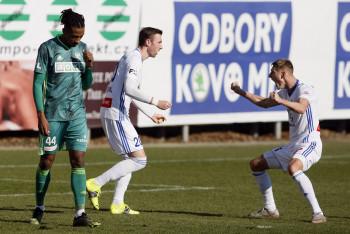 Výhra Mladé Boleslavi nad Karvinou 2:0  ukončila po dvanácti zápasech čekání na výhru