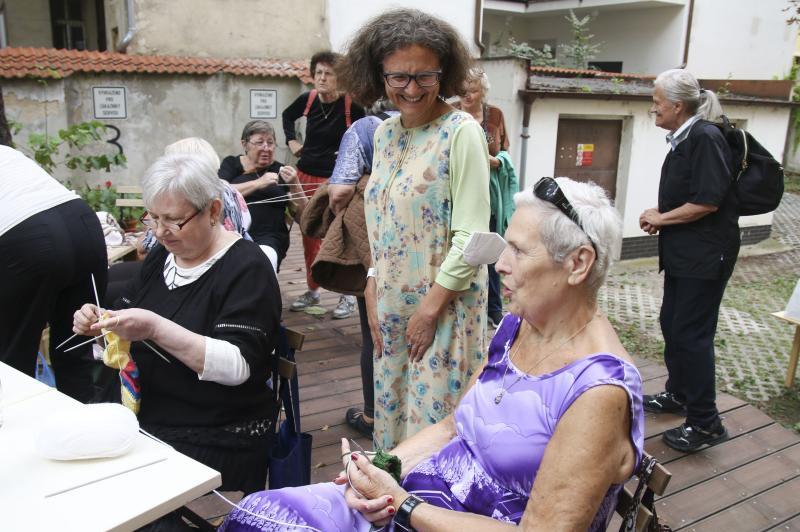 Dům v ulici Na Bělidle se znovu otevřel seniorům